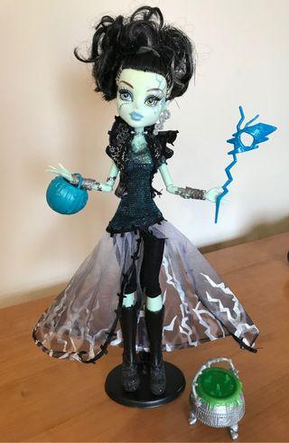 Muñecas ropa y accesorios MONSTER HIGH Frankie