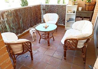 Conjunto de mesa y sillones de terraza / jardín