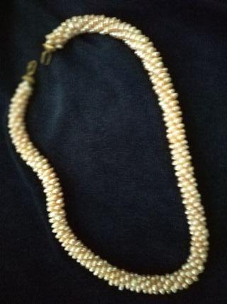 Collar perlas aigua dulce y cierre oro 18 ktes