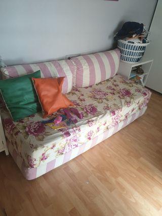 Sofa, cama axiliar