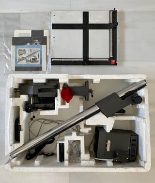 Laboratorio fotográfico analógico B/N