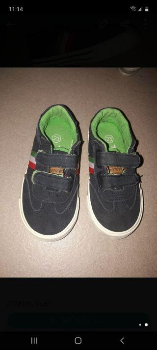 Zapatillas niño 23