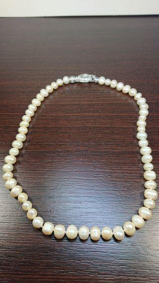Collar Perlas Naturales con cierre plata
