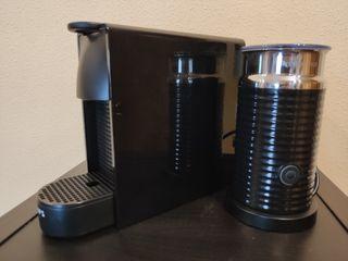Cafetera Krups Essenza Mini + Espumador Aeroccino