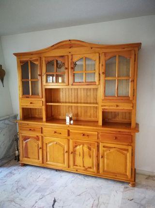 Precioso aparador estilo castellano madera de pino