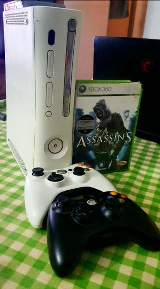 Xbox 360 + 2 mandos + juego