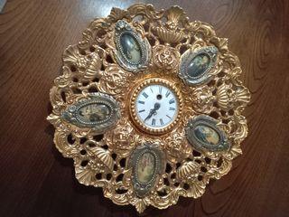 Plato reloj decorativo de metal