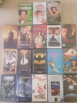 18 Películas en VHS