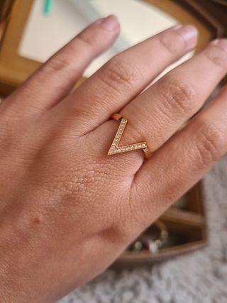 Precioso anillo swarovski