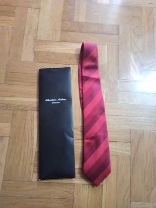 Corbata hombre color rojo