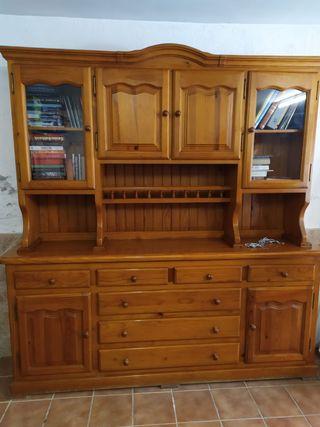 Mueble de madera de pino macizo y estanteria