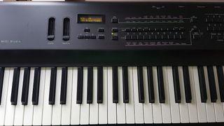 Piano Ensoniq KS-32