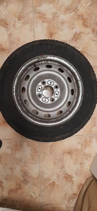 Llanta 4 tornillos con neumático