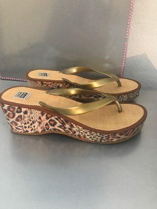 Chanchas cuña Gioseppo leopardo
