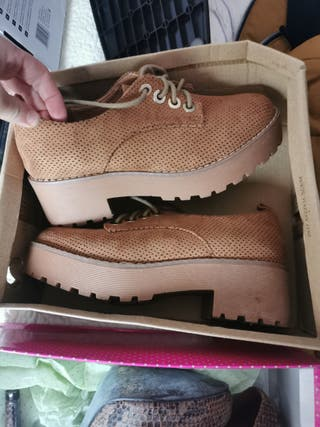 zapatos camel
