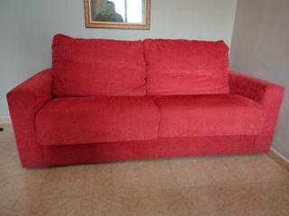 Se vende Sofá cama. Seminuevo