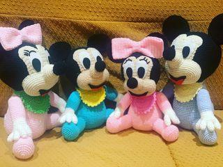 Mickey y Minnie Mouse bebé