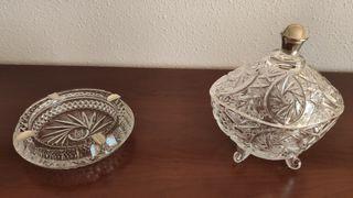 conjunto de cenicero y bombonera de vidrio