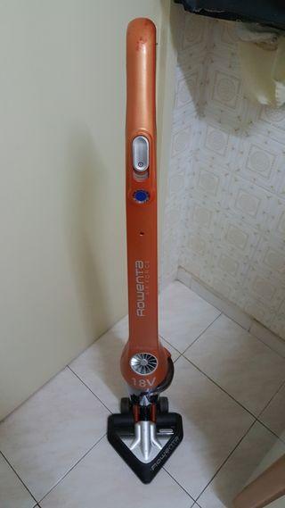 Aspirador con bateria sin bolsa Rowenta Air Force