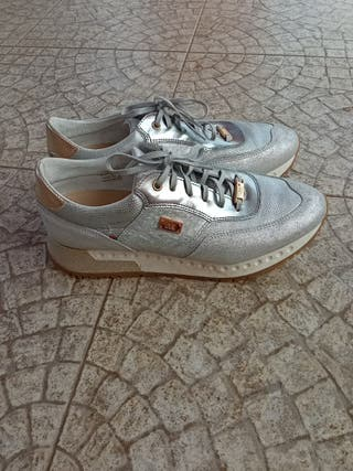 Zapatillas plateadas mujer nuevas