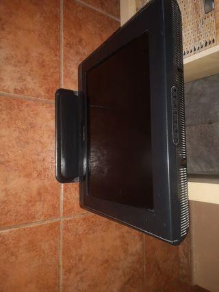 TV pequeña y antigua