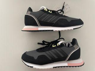 Adidas mujer 8K 2020