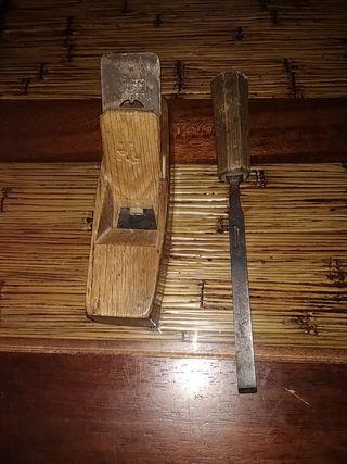 Cepillo carpintero y formon