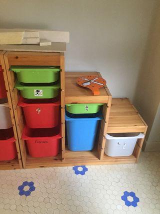 Mueble almacenaje para niños