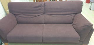 sofá granate