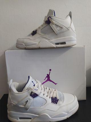 Air Jordan Retro4