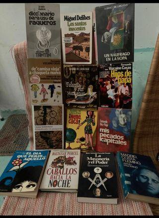 Diferentes tipos de libros.a 3€cada uno.