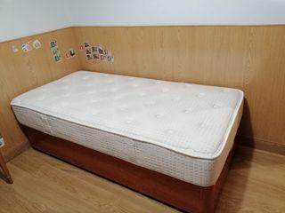 cama, canapé abatible y colchón de 90