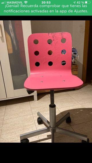 Silla escritorio Ikea madera rosa seminueva