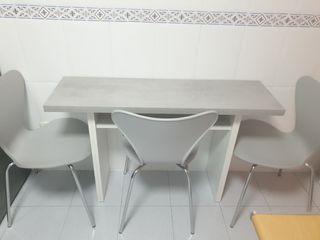 Mesa y sillas4