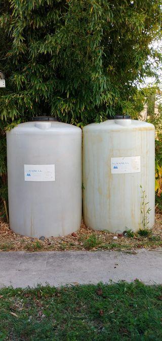 2 depósitos de 1000 litros