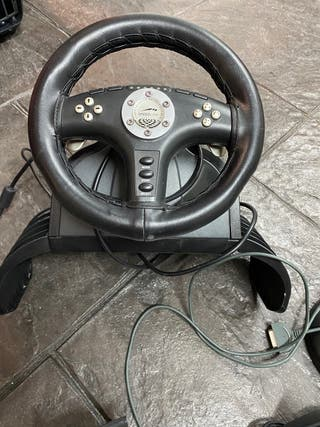 Volante PS2 , 2 mandos, tarjetas de memoria