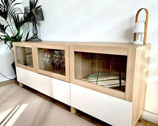 Aparador / mueble almacenaje BESTÅ blanco y roble