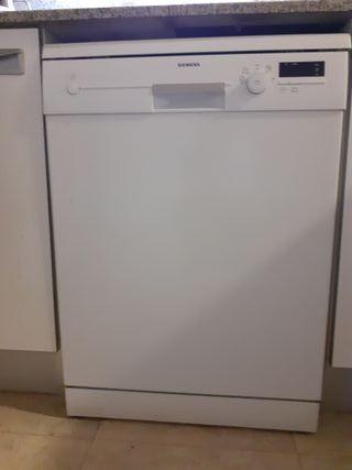 Un lavavajillas Siemens en El Vendrell