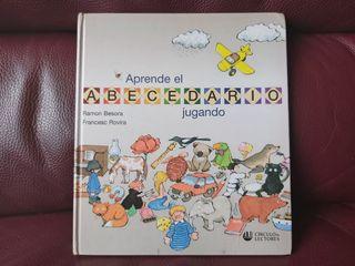 Libro Aprende el abecedario jugando