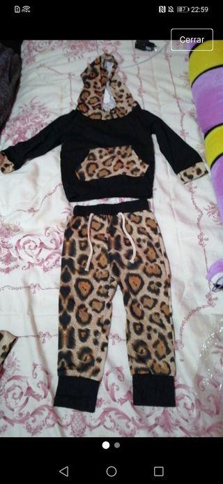chándal leopardo niña