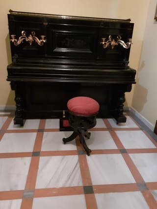 Piano Estela & Bernardelli barcelona 1800
