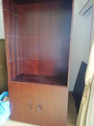 estanteria con lejas
