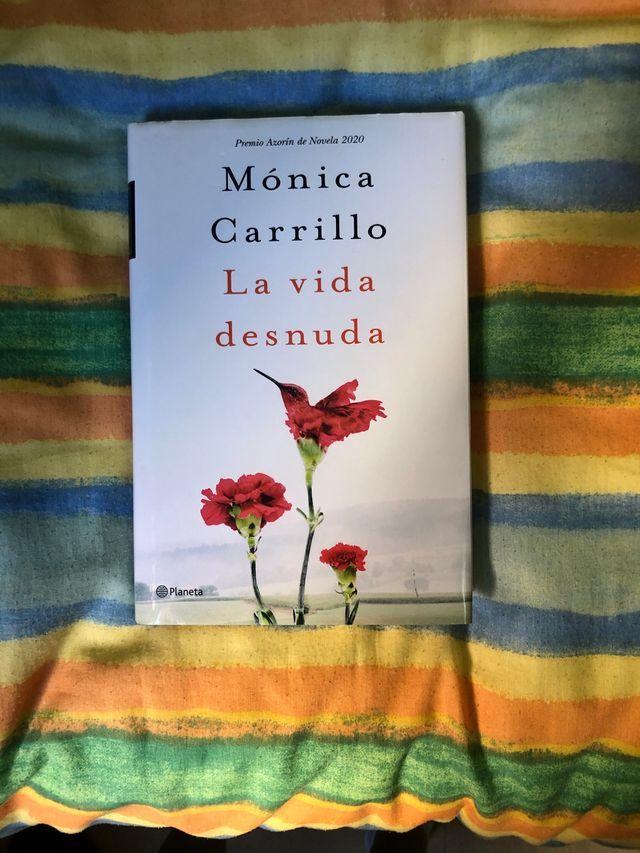 Libro Monica Carrillo La Vida Desnuda De Segunda Mano Por 7 En Cabezo De Torres En Wallapop