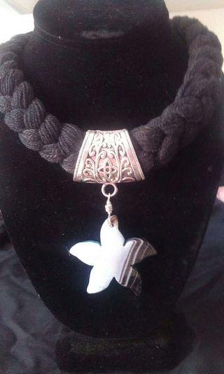 Collar estrella de agata
