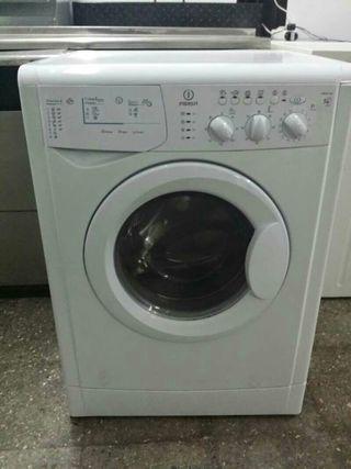 Lavadora secadora indesit con transporte